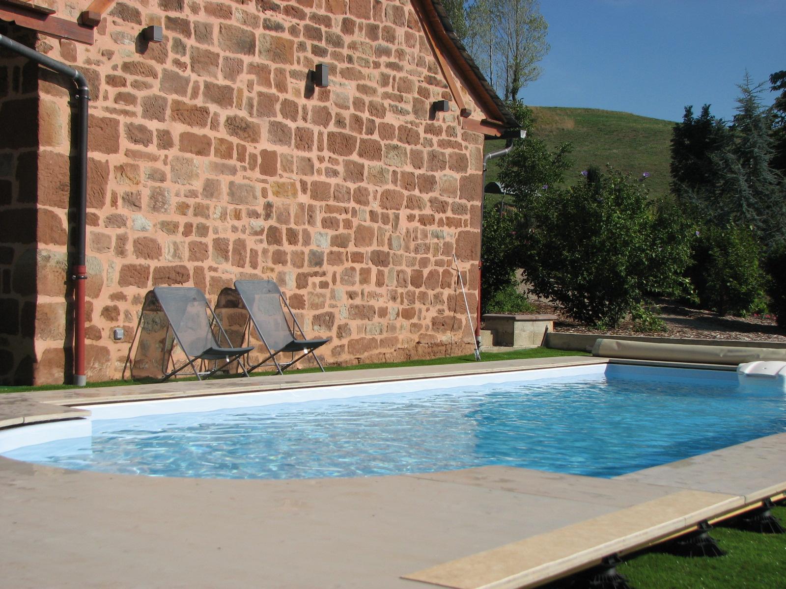 Gite 4 toiles 8 personnes avec piscine en aveyron - Location aveyron piscine ...